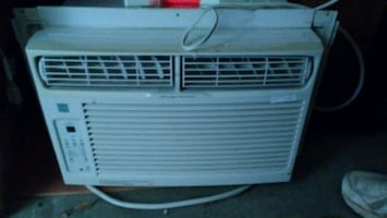 AIR CONDITIONER FRIGIDAIRE see more info