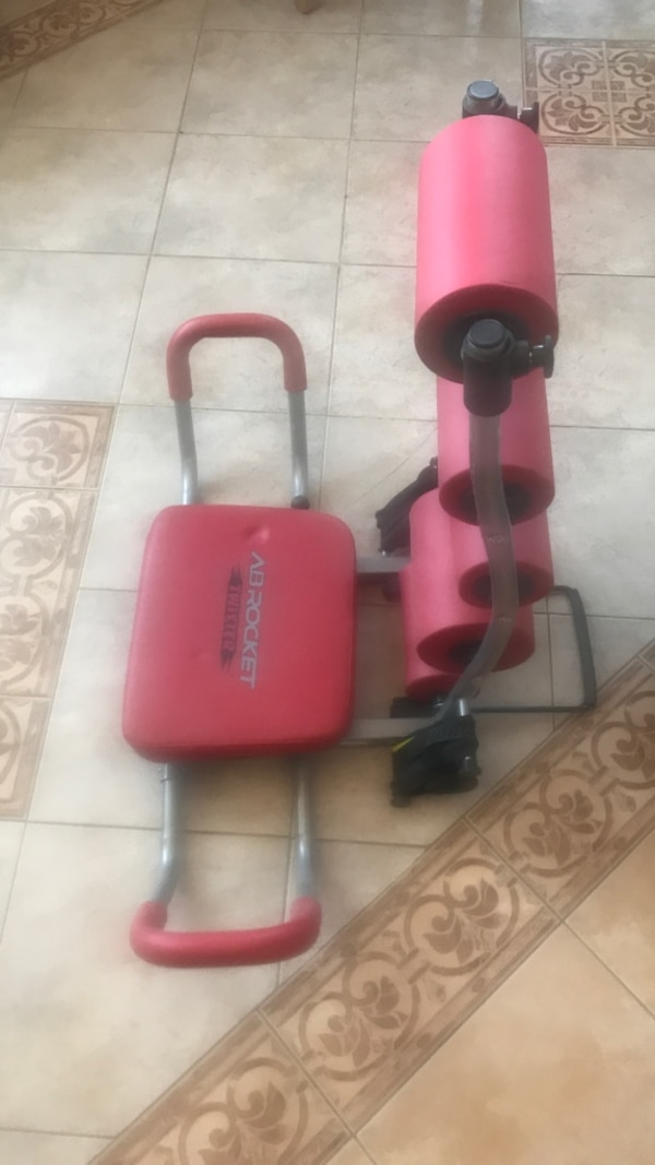 Ab rocket crunch machine