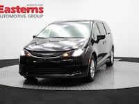 2017 Chrysler Pacifica Touring Sterling, 20166