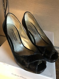 Women black shoes size 5 gentle used  New York, 11385