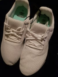 Women's Athletic Works Running / Work Shoes Size 11 New with Tags Ottawa