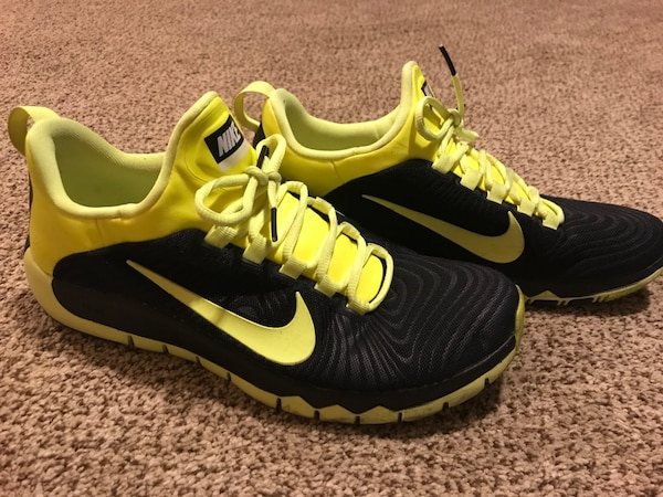 0a07c9444977 Used Neon Yellow and Black Size 11 Men s Nike Shoes for sale in West ...