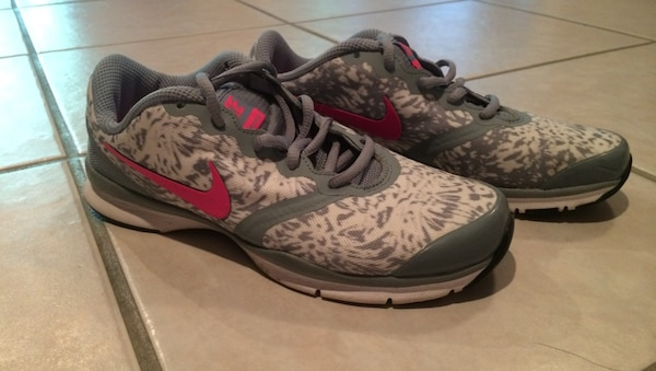 aaca8aba086d Used Nike Women s 6.5 Gray White Cheetah Print Shoes for sale in Kansas  City - letgo