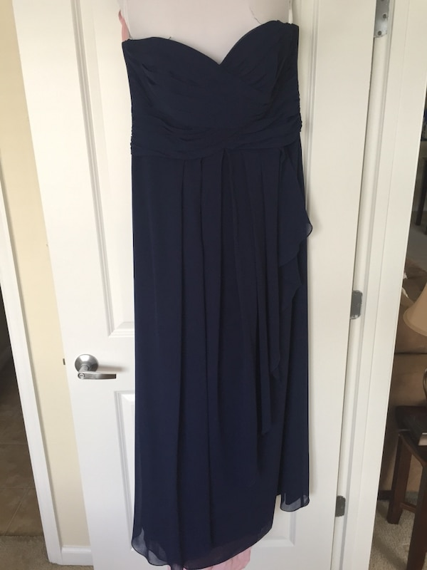 Navy sweetheart neckline formal gown f480d634-7bd0-492d-be15-3e6543d8a654