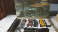 "HO READY-TO-RUN & KITS ""AMMTHEARN TRAINS SET Langhorne, 19047"