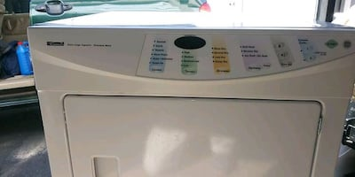 VERY NICE KENMORE. KING SIZE DRYER