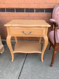 French Provincial Nightstand Burke, 22015