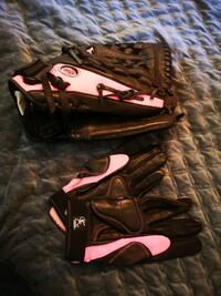 Mizuno woman's fastpitch and batting gloves Surrey, V3S 5X1