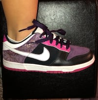 nike air forces  Coquitlam, V3E 3M7