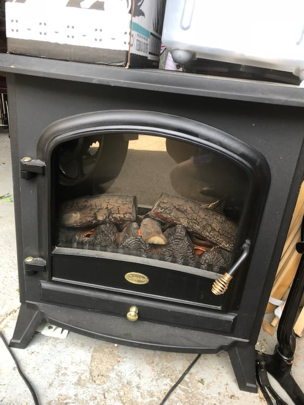 Dimplex electric fireplace. Works perfectly. Excellent condition. I have no room for it. 77a9f34b-d636-4b3f-8e28-9c003c14ac6f