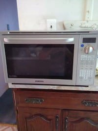 white and black microwave oven Brooklyn, 11223
