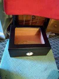 Quality Imports Desktop Humidor  North East, 16428