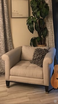 Oversized light grey chair with silver stud accent Henderson, 89052