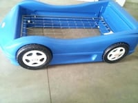 EUC toddler car bed for sale - includes springs as pictured null