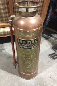 Antique fire extingusher 30.00 Manchester, 03104