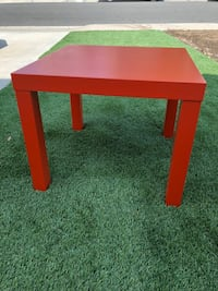 Square table - orange Irvine, 92606