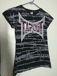 black and grey Tapout crew-neck cap-sleeved shirt