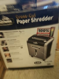 black and gray Cross-Cut paper shredder box Alexandria, 22302