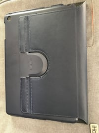 black leather bi-fold wallet Mississauga, L4Z 3Z4