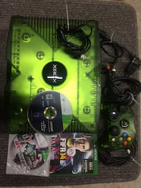 Xbox with controller and games Calgary, T3A