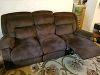Recliner sofa and love seat 21 mi