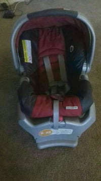 baby's red and gray car seat carrier Springfield, 22150