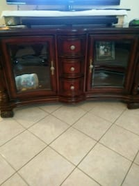 brown wooden TV stand with cabinet Harlingen, 78550