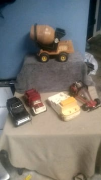 Vintage toy trucks Beech Grove, 46107