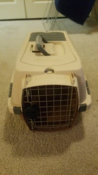 Petmate Kennel Cab (Small)  Alexandria, 22304