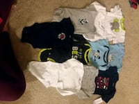 Short and long sleeve onesies 0-3m Columbia, 29223