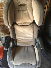 gray and black Evenflo car seat Hamilton, L8V 1G3