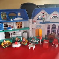 doll house furnitures and dolls 575 km