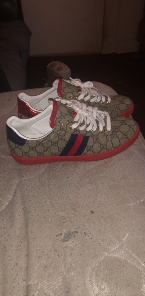 05d236bc40b Used Authentic Gucci Shoes sz 10 for sale in Conyers - letgo