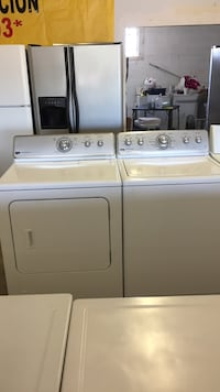 Nice set wascher and gas dryer Maytag 2 month garanti 507 Ming ave  Bakersfield, 93307