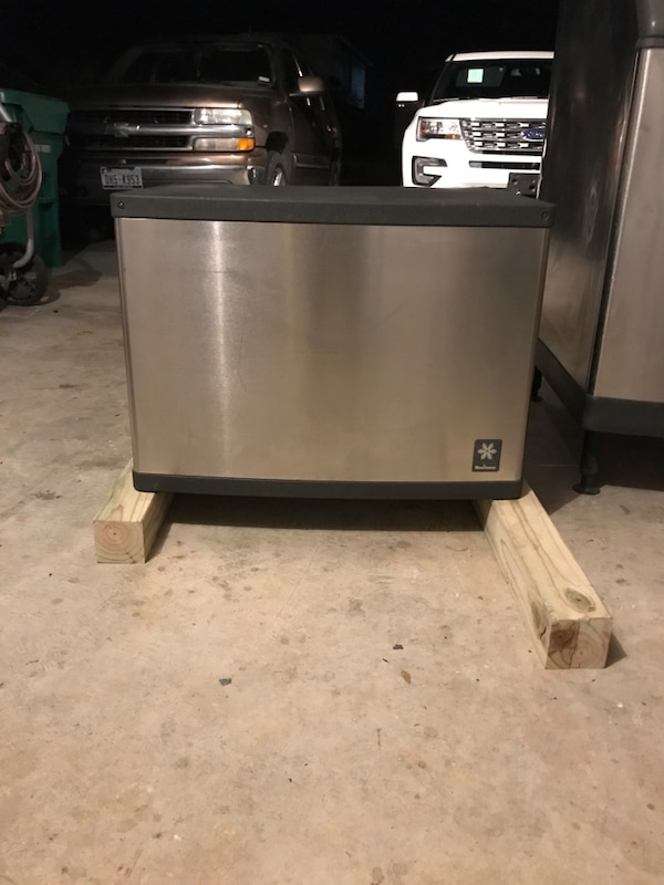 Used Ice Machine >> Used Manitowoc Qd0452a Is A 430 Lbs Modular Ice Machine For Sale In