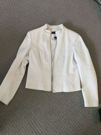 Leather jacket size m Toronto, M2R 3W5