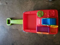 2 toddler toys in good condition  Deale, 20751