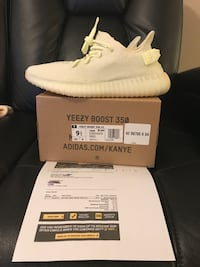 pair of white Adidas Yeezy Boost 350 with box Orlando, 32835