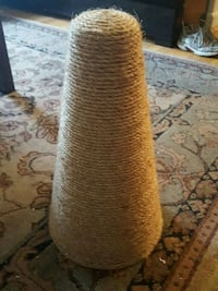 Cat scratching post Arlington, 22205