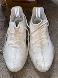 """Adidas Yeezy Boost 350 V2 """"Cream White"""" District Heights, 20747"""