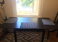 EXTENDABLE DINING TABLE + 3 CHAIRS SF, 94123