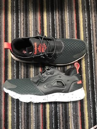 Reebok  Mens's Running shoes.  Size 10.5 Tallahassee, 32304
