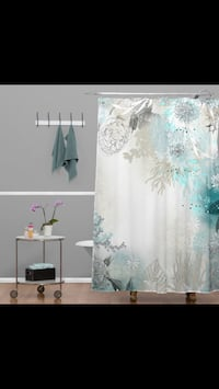 Beautiful shower curtain. Liner. And hooks. Whole set up  DeRidder, 70634