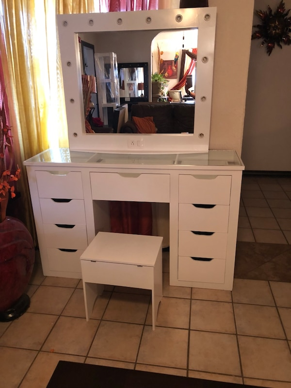 White GlassTop Vanity With Chair Lay Way Available