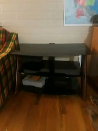 glass table/ entertainment center 3ft 2in wide, 20in deep 21in tall Salt Lake City, 84102