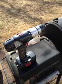 19 volt used Craftsman drill with battery in great condition Oxon Hill, 20745