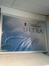 Michelob Ultra Mirror/Sign 68 km
