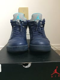 pair of black Air Jordan basketball shoes with box Edmonton, T5E 6C7
