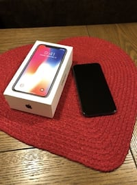 iPhone X 256 GB Unlocked Lansing