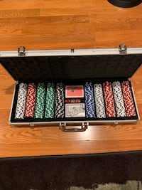 black and gray poker chip set Los Angeles, 90012